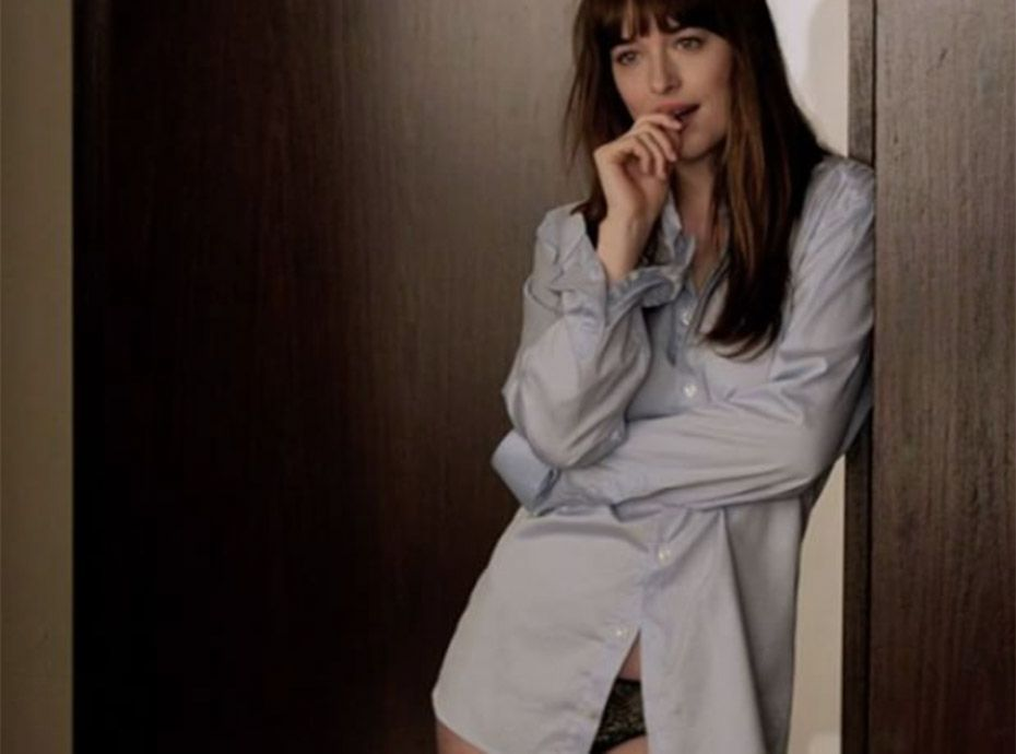 50 shades darker la body routine de dakota johnson pour avoir un corps de r ve. Black Bedroom Furniture Sets. Home Design Ideas