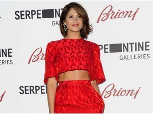 Gemma Arterton : sublime à en rougir pour la Serpentine Gallery Summer Party !
