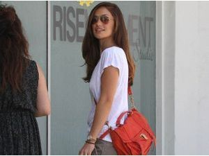 Où shopper le sac cartable de Minka Kelly ?