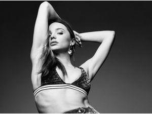 Mode : Photos : Miranda Kerr : sexy, elle dévoile ses abdos pour LOVE !