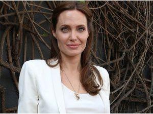 Angelina Jolie : elle est à nouveau accusée de plagiat !