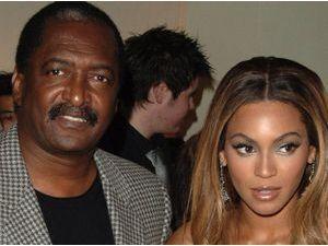 Beyoncé : son père balance sur les rumeurs de divorce qui feraient partie d'une stratégie de vente !