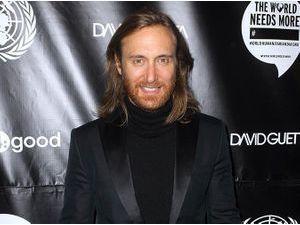 David Guetta : il s'associe à l'ONU pour venir en aide aux Philippines et à la Syrie !