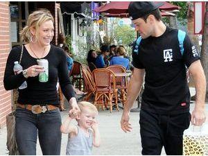 """Hilary Duff : """"peut-être que nous ne sommes pas fait l'un pour l'autre, ou peut-être que si"""" !"""