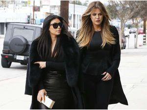 Khloe et Kim Kardashian victimes d'un accident de voiture... North était aussi à bord !