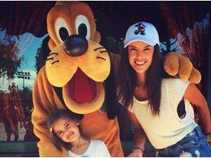 Photos : Alessandra Ambrosio : journée féérique chez Michey pour les 6 ans de sa petite Anja !