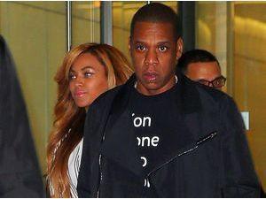 Photos : Beyoncé et Jay-Z : de retour dans leur fief new-yorkais, ils se laissent difficilement approcher !