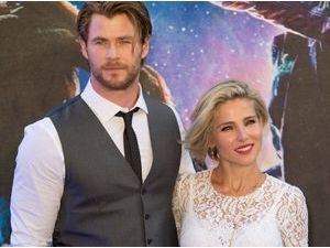 Photos : Elsa Pataky et Chris Hemsworth : le couple ultra-glamour apporte son soutien aux Gardiens de la Galaxie !