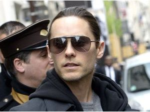 Photos : Jared Leto : à Paris il se la joue discret !